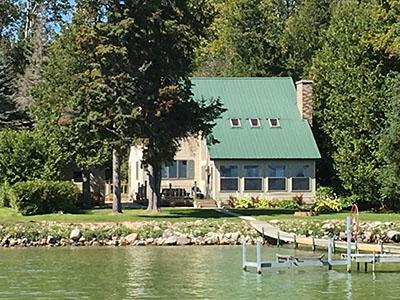 Strange Northern Michigan Cottages For Rent Download Free Architecture Designs Scobabritishbridgeorg
